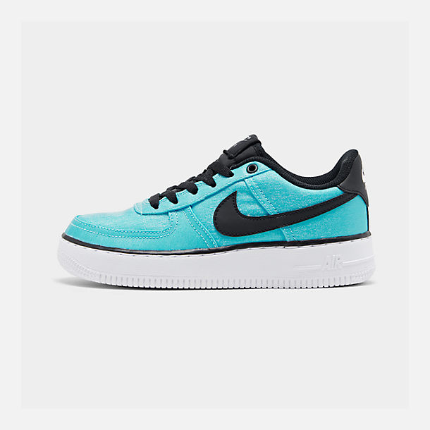 Right view of Girls' Big Kids' Nike Air Force 1 LV8 Shift Casual Shoes in Blue Gaze/Black/Platinum Tint