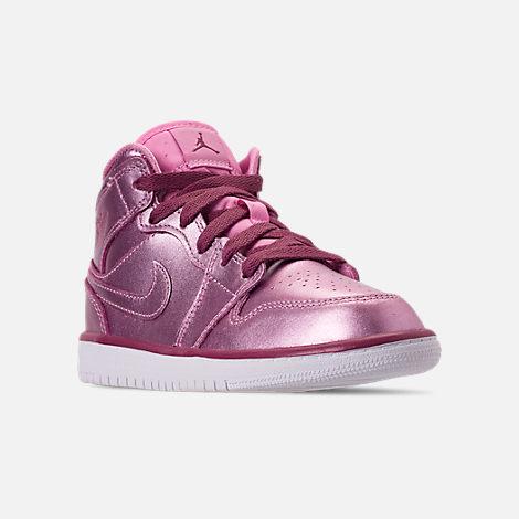 Three Quarter view of Girls' Little Kids' Air Jordan 1 Mid SE Casual Shoes in Pink Rose/White/Noble Red