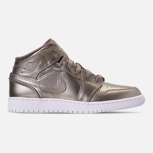 715b5f18b Right view of Girls  Big Kids  Air Jordan 1 Mid SE Casual Shoes in