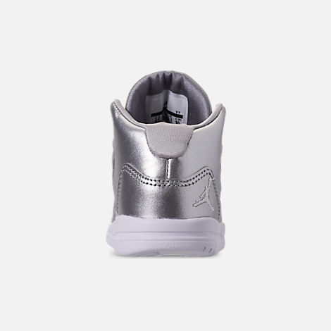 Back view of Girls' Toddler Jordan Max Aura SE Basketball Shoes in Silver/Vast Grey/White