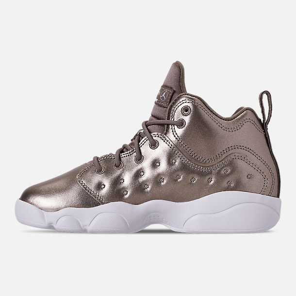 Left view of Girls' Little Kids' Jordan Jumpman Team II SE Basketball Shoes in Sepia Stone/Sepia Stone/White/Noble