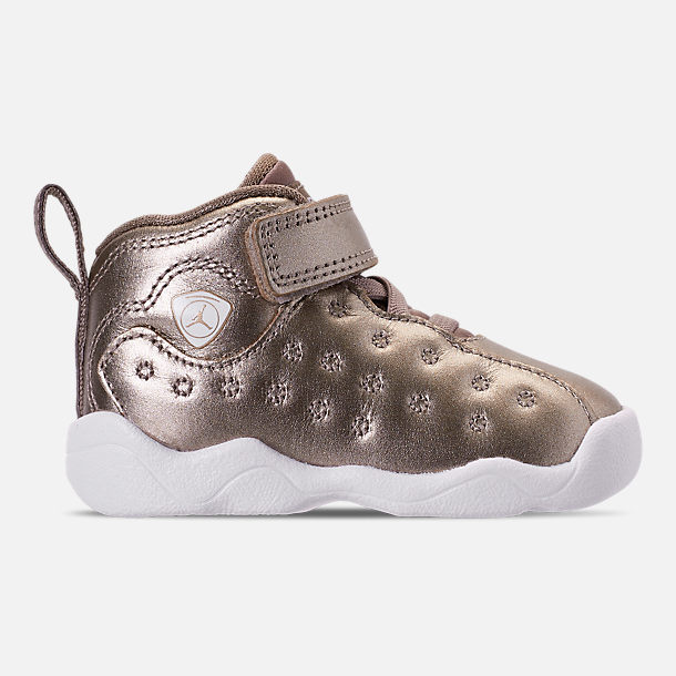 Right view of Girls' Toddler Jordan Jumpman Team II SE Basketball Shoes in Sepia Stone/Sepia Stone/White/Noble