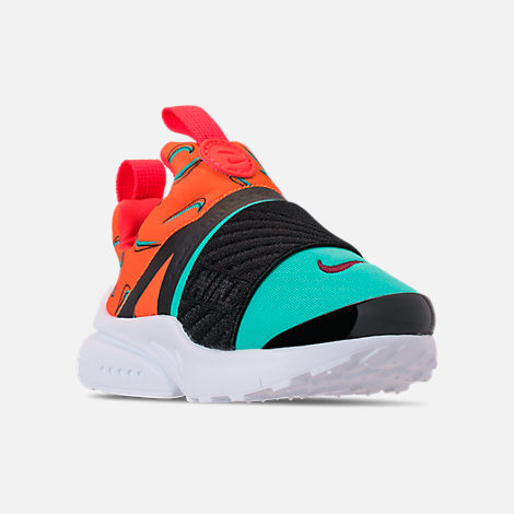 Three Quarter view of Boys' Toddler Nike Presto Extreme SE Running Shoes in Total Orange/White/Hyper Jade/Bordeaux