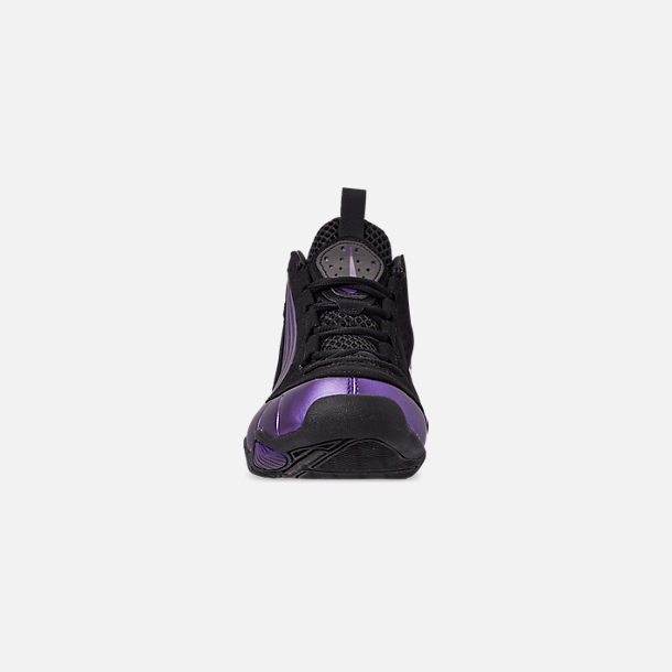 Front view of Men's Nike Air Max Wavy Basketball Shoes in Eggplant/Black/Black