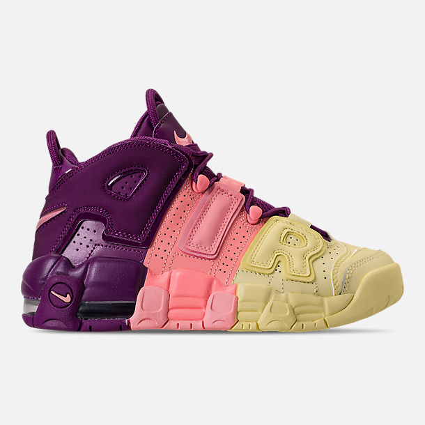 Right view of Girls Big Kids Nike Air More Uptempo SE Basketball Shoes in
