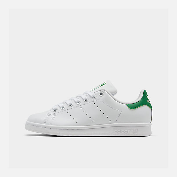 Right view of Women's adidas Originals Stan Smith Casual Shoes in GRN