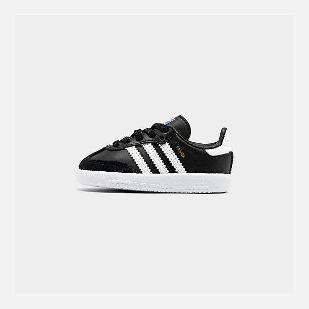 Right view of Boys' Toddler adidas Originals Samba Casual Shoes in Black/White