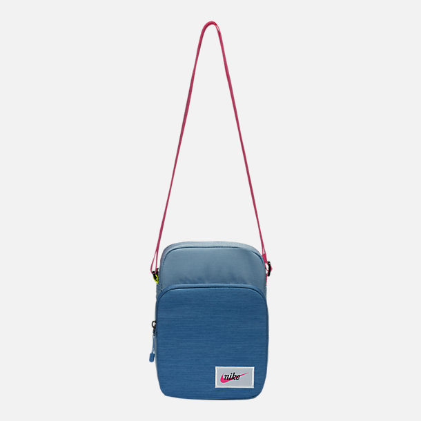 Front view of Nike Heritage Small Items Crossbody Bag in Indigo Fog/Indigo Fog/Laser Fuchsia