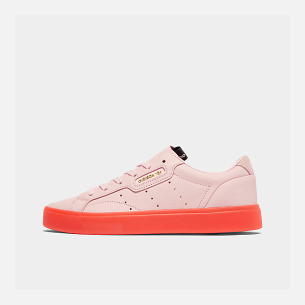 Right view of Women's adidas Originals Sleek Casual Shoes in Diva/Diva/Red