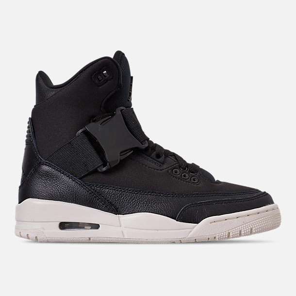 Right view of Women's Air Jordan Retro 3 Explorer XX Casual Shoes in Black/Black/Sail