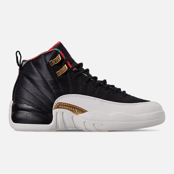 Right view of Big Kids' Air Jordan Retro 12 Chinese New Year Basketball Shoes in Black/Sail/Metallic Gold/Chinese Red