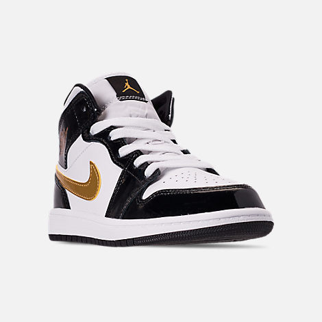 Three Quarter view of Boys' Little Kids' Air Jordan 1 Mid SE Casual Shoes in Black/Metallic Gold/White