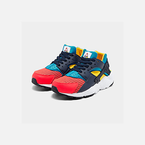 Three Quarter view of Boys' Big Kids' Nike Huarache Run Ultra Now Casual Shoes in Bright Crimson/Obsidian/Photo Blue