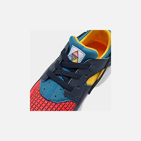 Front view of Kids' Toddler Nike Huarache Run Now Casual Shoes in Bright Crimson/Obsidian/Photo Blue