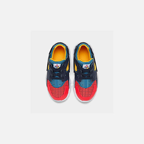 Back view of Kids' Toddler Nike Huarache Run Now Casual Shoes in Bright Crimson/Obsidian/Photo Blue