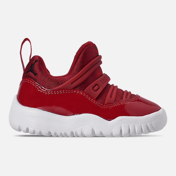 d032553f04b Right view of Boys' Toddler Air Jordan Retro 11 Little Flex Basketball Shoes  in Gym