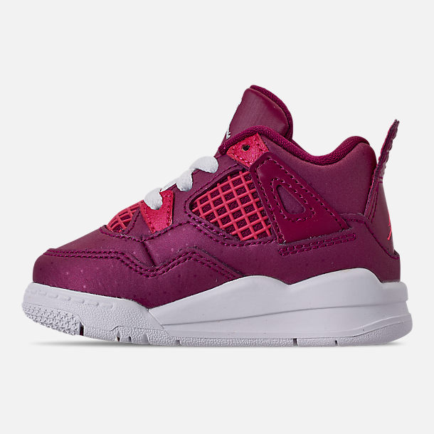 Left view of Girls' Toddler Air Jordan Retro 4 Basketball Shoes in True Berry/Rush Pink/White