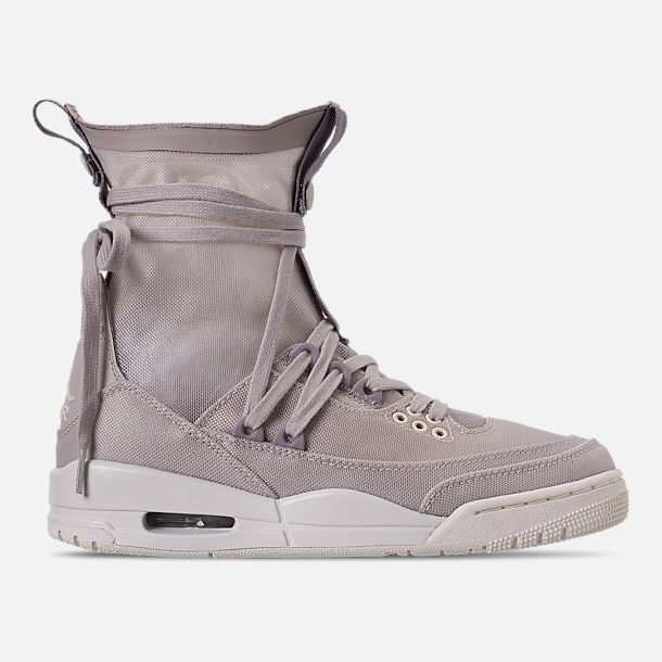 f4aa70a9471170 Right view of Women s Air Jordan Retro 3 Explorer Lite XX Casual Shoes