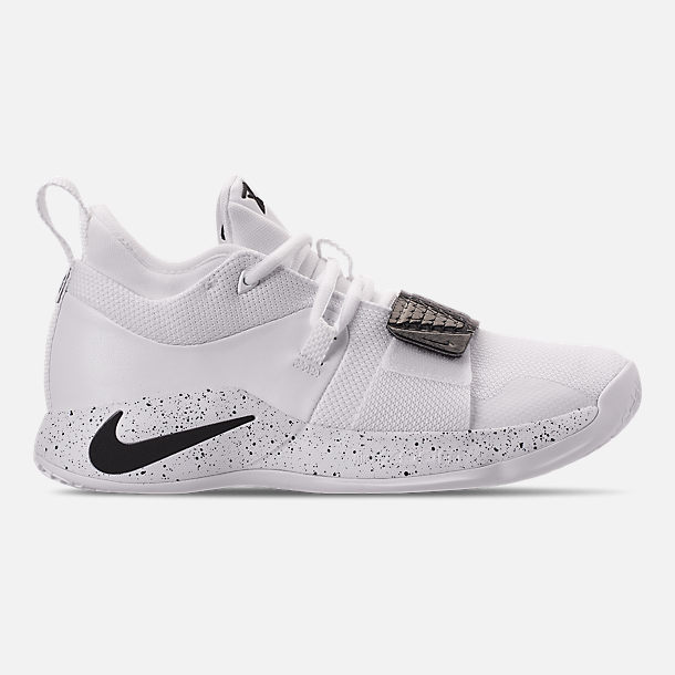 Right view of Men's Nike PG 2.5 TB Basketball Shoes in White/Black