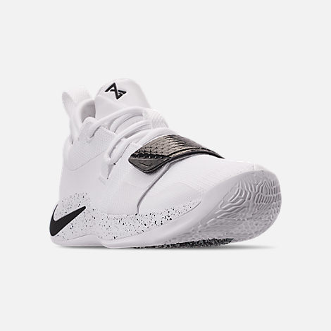 Three Quarter view of Men's Nike PG 2.5 TB Basketball Shoes in White/Black