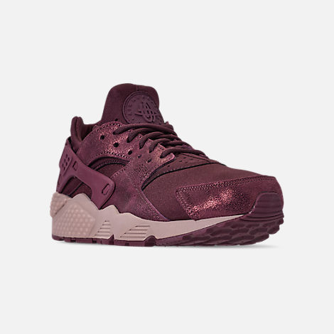 Three Quarter view of Women's Nike Air Huarache Run BL Casual Shoes in Burgundy Crush/Burgundy Crush/Diffused