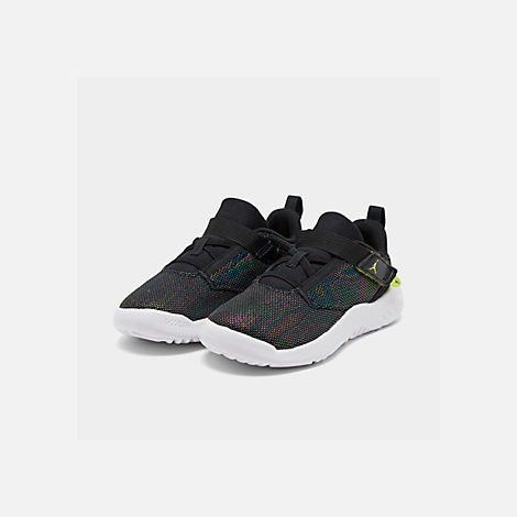 Three Quarter view of Boys' Toddler Jordan Proto 23 SE Training Shoes in Black/Cyber/Mystic Green