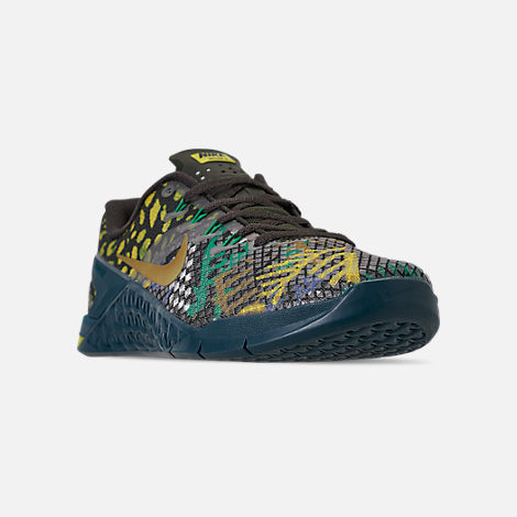 8d6d4ba5b Three Quarter view of Men's Nike Metcon 4 XD Training Shoes in  Sequoia/Desert Moss