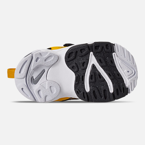 Bottom view of Boys' Toddler Nike Speed Turf Training Shoes in University Gold/Metallic Silver/White