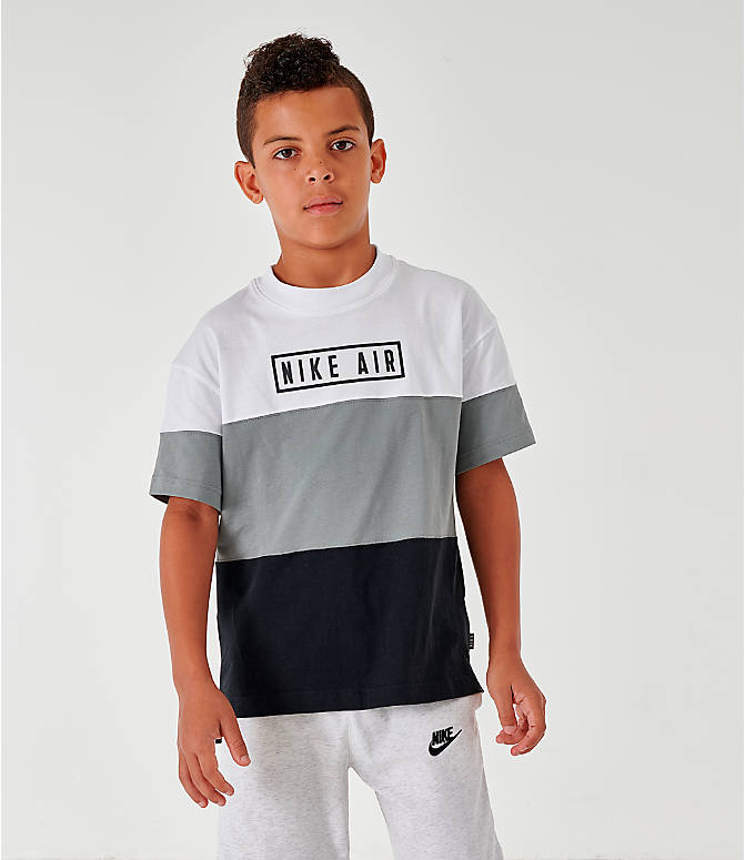 Front view of Boys' Nike Air Colorblock T-Shirt in Black/Dark Steel Grey/White/Black