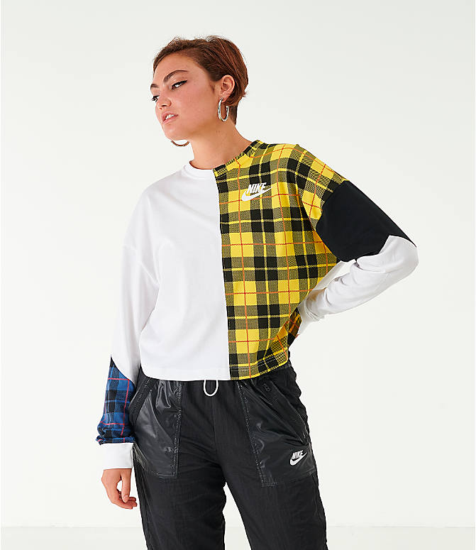 Front view of Women's Nike Sportswear Plaid Long-Sleeve Cropped T-Shirt in White/Plaid