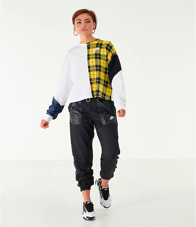 Front Three Quarter view of Women's Nike Sportswear Plaid Long-Sleeve Cropped T-Shirt in White/Plaid