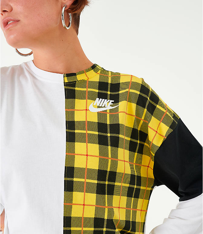 Back Right view of Women's Nike Sportswear Plaid Long-Sleeve Cropped T-Shirt in White/Plaid