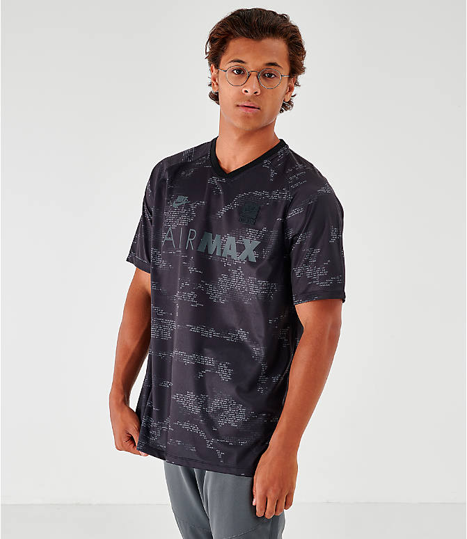 7947c1299475 Front view of Men's Nike Max T-Shirt in Black