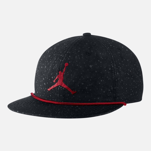 purchase cheap 8dc64 5a334 Front view of Air Jordan Pro Poolside Snapback Hat in Black
