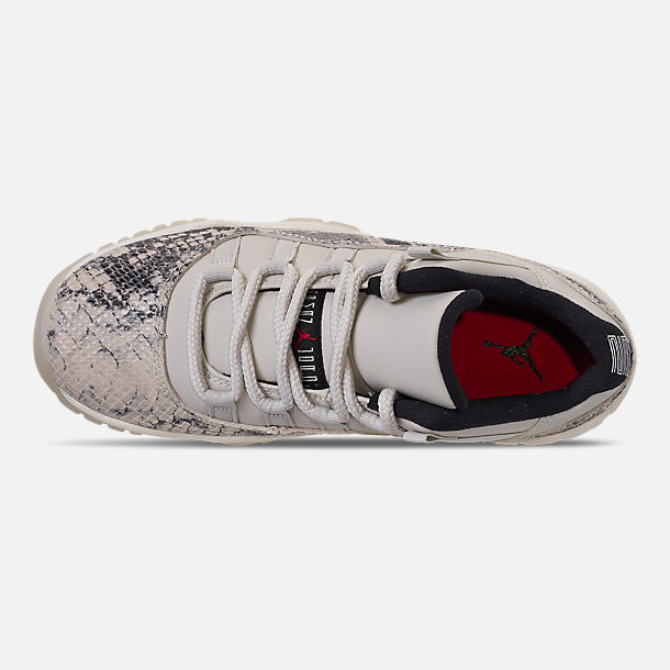 Top view of Big Kids' Air Jordan Retro 11 Low LE Basketball Shoes in Light Bone/Smoke Grey/Light Bone