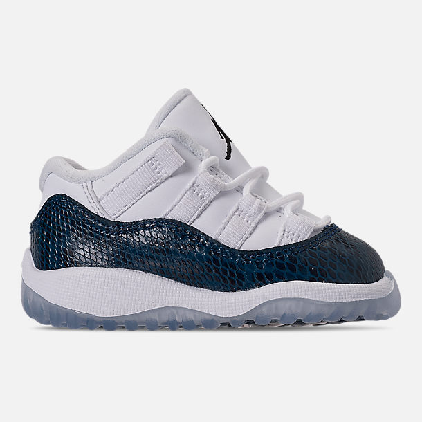 fd959e09599a0b Right view of Kids  Toddler Air Jordan Retro 11 Low LE Basketball Shoes in  White