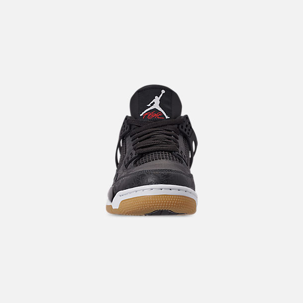 Front view of Men's Jordan Retro 4 SE Basketball Shoes in Black/White/Gum Light Brown