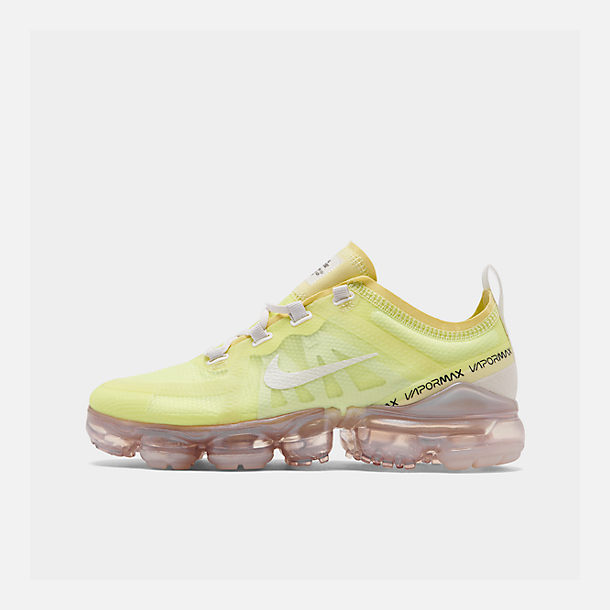 Right view of Women's Nike Air VaporMax 2019 SE Running Shoes in Luminous Green/Phantom/Meta