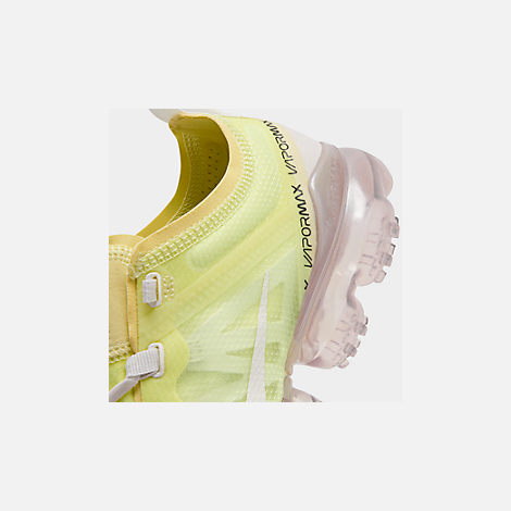 Front view of Women's Nike Air VaporMax 2019 SE Running Shoes in Luminous Green/Phantom/Meta