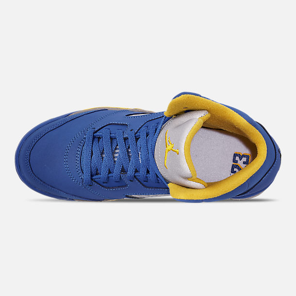 Top view of Little Kids' Air Jordan Retro 5 Laney JSP Basketball Shoes in Varsity Royal/Varsity Maize