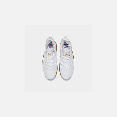 Back view of Boys' Big Kids' Nike PG 3 x NASA Basketball Shoes in White/Metallic Gold