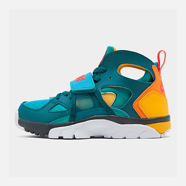 new arrive c4688 bc568 Boys' Big Kids' Nike Trainer Huarache Training Shoes