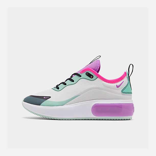 Right view of Women's Nike Air Max DIA Casual Shoes in Platinum Tint/Bright Violet/Black
