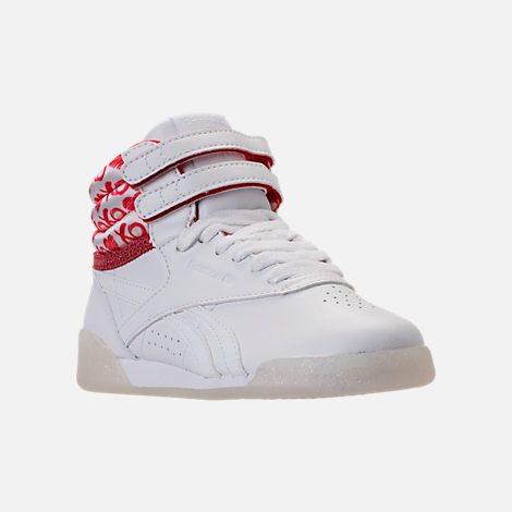 Three Quarter view of Girls' Preschool Reebok Freestyle Hi Hearts Casual Shoes in White/Red