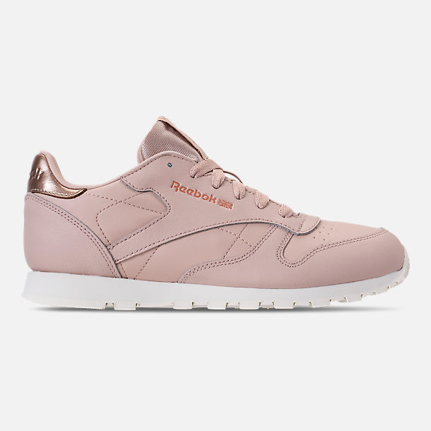 Right view of Girls' Big Kids' Reebok Classic Leather Casual Shoes
