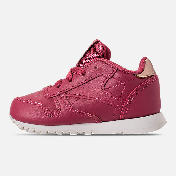 Left view of Girls' Toddler Reebok Classic Leather Casual Shoes in Twisted Berry/Chalk