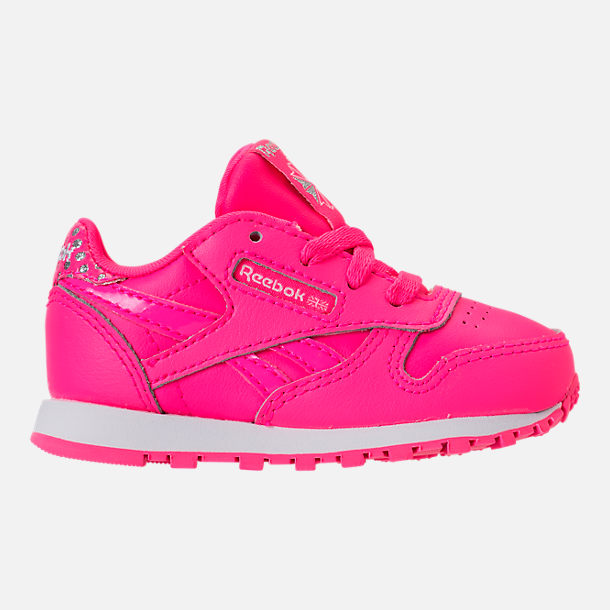 Right view of Girls' Toddler Reebok Classic Leather Girl Squad Casual Shoes in Acid Pink/White