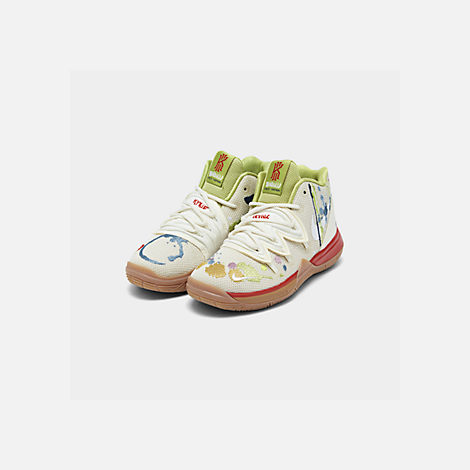 Three Quarter view of Boys' Little Kids' Nike Kyrie 5 Basketball Shoes in Pale Ivory/Dark Orchid