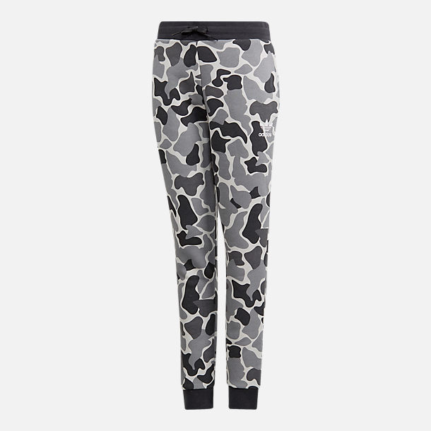 Front view of Boys' adidas Camo Trefoil Sweatpants in Black/White
