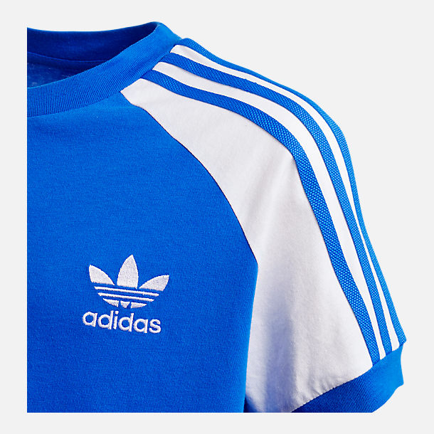 Alternate view of Boys' adidas Originals Cali T-Shirt in Blue/White